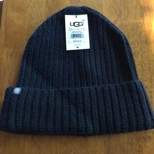 Ugg slouch hat